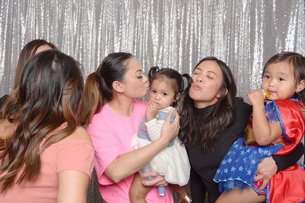 jessie-1st-birthday-party-photo-booth.jpg