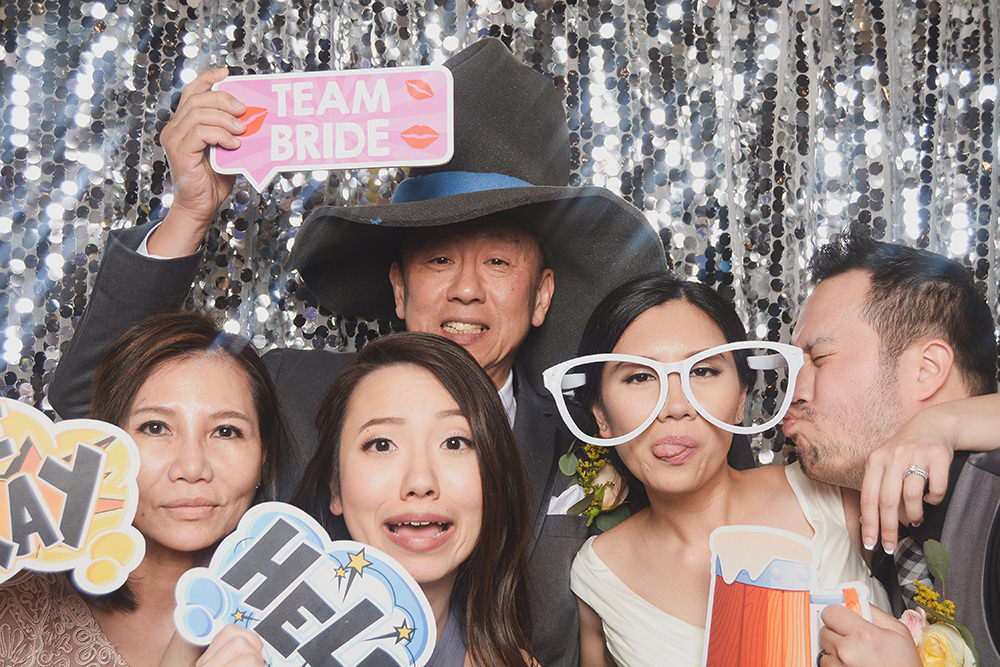photo-booth-houston-pelazzio-david-jennifer.jpg